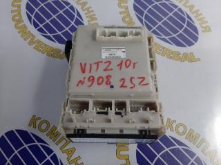 Запчасть блок предохранителей салона Toyota Vitz 2010
