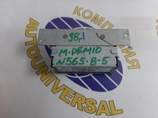 Блок управления abs Mazda Demio 1998