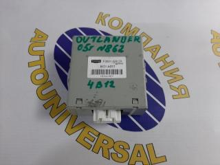 Блок управления 4 WD Mitsubishi Outlander 2005 CW5W 4B12 8631A057 контрактная