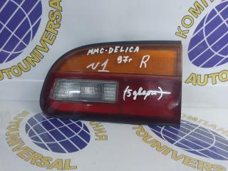 Фальшпанель задний правый Mitsubishi Delica 1997