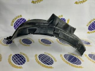 Подкрылок передний правый Nissan Pressage 2000