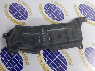 Защита двс пластик левая Nissan Cube 2000
