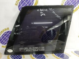 Запчасть стекло собачника правое Nissan Prairie 1992
