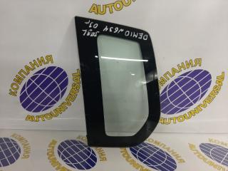 Стекло собачника левое Mazda Demio 2003