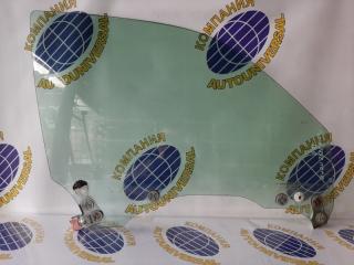 Стекло двери переднее правое Subaru Forester 2002
