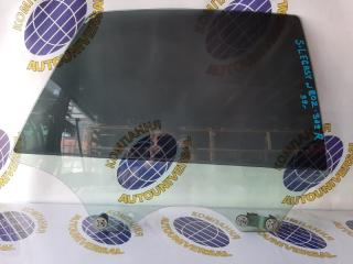 Стекло двери заднее правое Subaru Legacy B4 1999