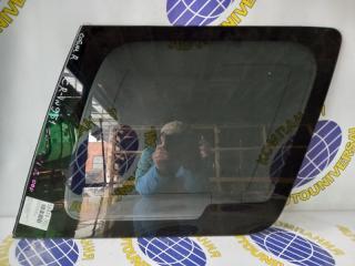 Стекло собачника правое Honda CR-V 2000