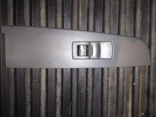 Запчасть рамка кнопок стеклоподъемника задняя правая Ssangyong Kyron