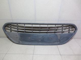 Запчасть решетка в бампер центральная Ford Mondeo