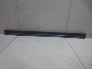 Запчасть уплотнитель двери BMW X1