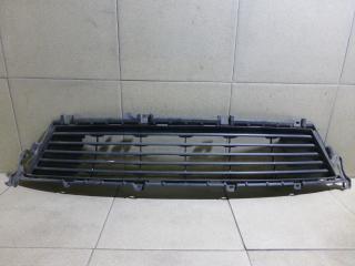 Запчасть решетка в бампер центральная Lexus ES