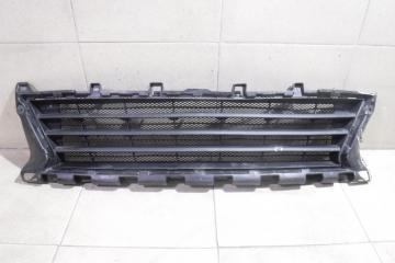 Запчасть решетка в бампер центральная Peugeot 308