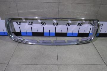 Запчасть накладка на решетку радиатора Volvo XC70