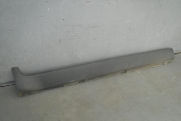 Запчасть накладка на порог (наружная) Ford Kuga