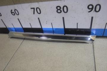Запчасть накладка на решетку радиатора Ford Explorer