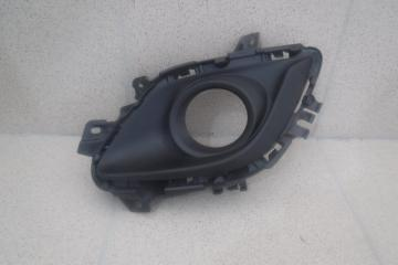 Запчасть решетка в бампер правая Mazda MAZDA6