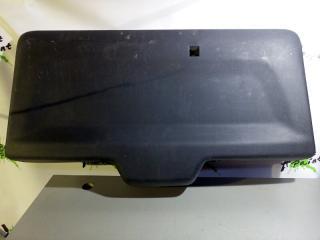 Запчасть обшивка крышки багажника Peugeot Partner 2008-2012