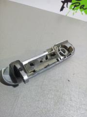 Запчасть ручка двери внешняя передняя правая Mitsubishi Colt 2002-2012