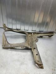 Рамка радиатора передняя левая Subaru Forester SG5