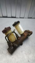 Главный тормозной цилиндр УАЗ буханка 1965- 3303 УМЗ-417 БУ