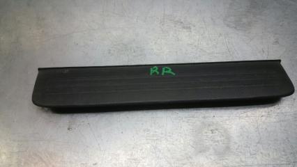 Запчасть накладка на порог (внутренняя) задняя правая Toyota Premio 2001-2007