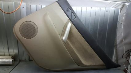 Запчасть обшивка двери задняя правая Toyota Premio 2001-2007