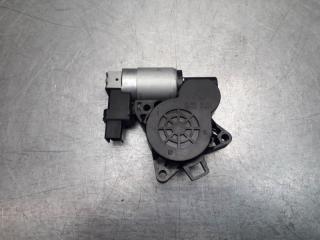 Запчасть мотор стеклоподъемника Mazda CX 7 2006 - 2012
