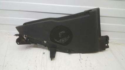 Запчасть обшивка багажника задняя правая Citroen C4 2004-2011