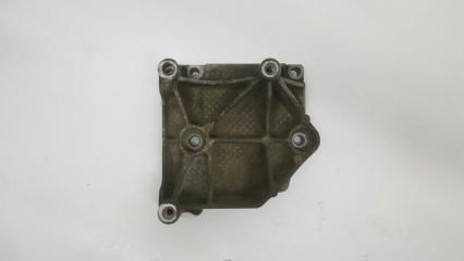 Запчасть кронштейн компрессора кондиционера Citroen C4 2004-2011