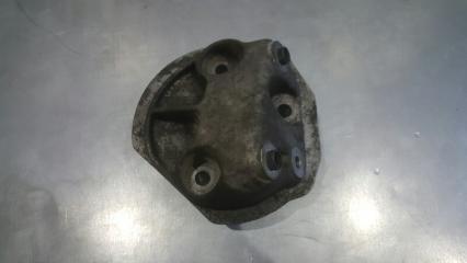 Запчасть кронштейн опоры двигателя правый Citroen C4 2004-2011
