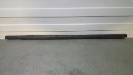 Запчасть уплотнитель стекла наружний передний левый Mitsubishi Outlander 2005-2012