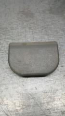 Запчасть заглушка сиденья задняя Suzuki Grand Escudo 2000-2003