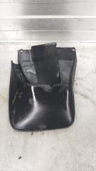 Запчасть брызговик правый Honda CR-V 1995-1998