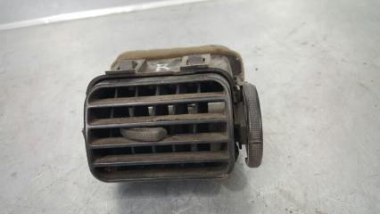 Запчасть дефлектор воздушный правый Mazda Capella 1997- 1999