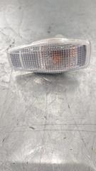 Запчасть повторитель поворота в крыло передний Hyundai Trajet 1999-2008