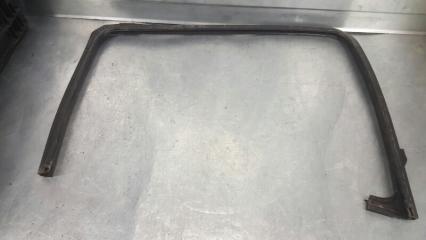 Запчасть уплотнитель стекла двери задний левый Daihatsu YRV 08.2000 - 08.2005