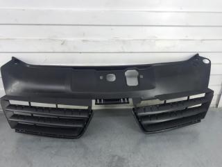 Запчасть решетка радиатора Renault Clio 2005-2010