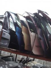 Крышка багажника задняя Nissan March