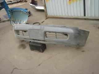 Запчасть бампер передний Mitsubishi Eterna