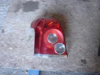 Стоп-сигнал Toyota Avensis