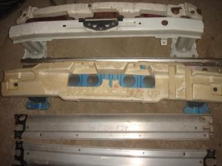 Усилитель бампера задний Toyota Camry