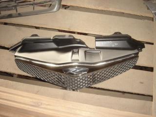 Решетка радиатора Toyota Ractis