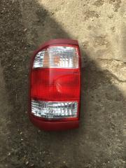 Стоп-сигнал задний левый Nissan Pathfinder 1999