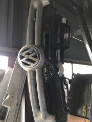 Решетка радиатора Volkswagen Golf 5 2006
