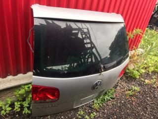 Запчасть крышка багажника задняя Volkswagen touareg 2004