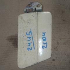 Запчасть лючок бензобака ЛАДА 2104 1999
