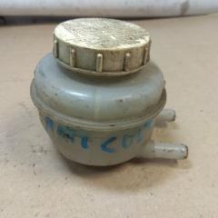 Запчасть бачок для тормозной жидкости MITSUBISHI COLT 2000