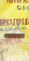 Запчасть повторитель в бампер правый NISSAN GLORIA 1991