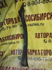 Запчасть пластик салона задний правый NISSAN GLORIA 1991