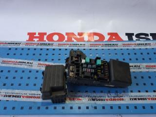 Блок предохранителей передний Honda Accord 7 2003-2008